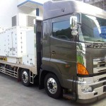 An incredible truck that delivers whole fish in Tokyo, Japan with oxygen maker and water chiller